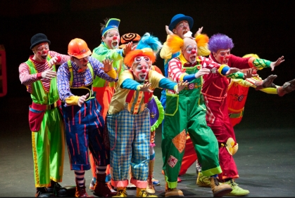REAL GROUP OF CLOWNS